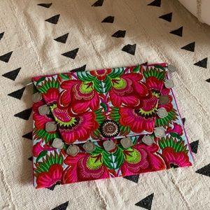 Handbags - Vacation clutch